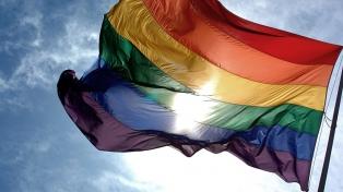 La Marcha del Orgullo recorrió la capital reclamando Justicia por una transexual