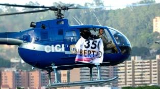 Piden la captura internacional del policía que atacó el Tribunal de Justicia
