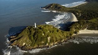 Mar, sierra y campo se combinan en 14 regiones turísticas del estado de Paraná