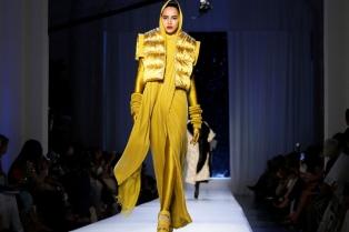Elegancia clásica y lujo con sutilezas, la propuesta de alta costura para el invierno 2018
