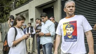 Los primeros días en prisión domiciliaria del líder opositor, Leopoldo López