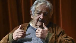 """Mujica explicó por qué """"no es sencillo"""" que Uruguay acceda a las vacunas"""