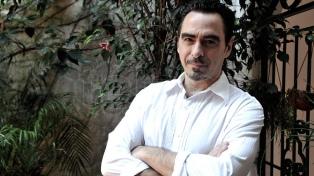"""Federico Andahazi: """"En este libro decidí hablar de política, mezclarme con personajes espantosos"""""""