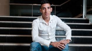 """Centurión prefiere jugar en Boca pero """"se debe una charla"""" con gente de Racing"""