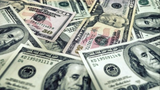 El BCRA cerró la primera mitad del año con prudencia monetaria y acumulación de reservas