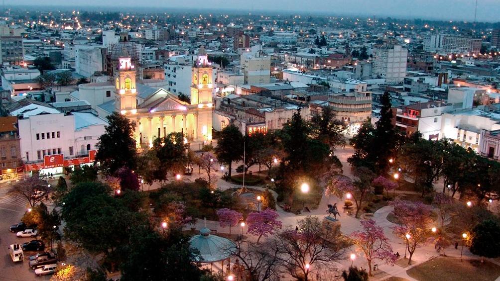 """Escritores santiagueños participarán de una edición especial del ciclo virtual de """"12 poetas x jueves"""""""