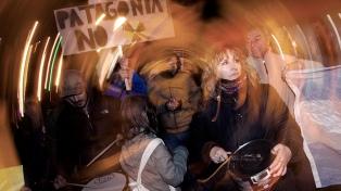 Protesta en Viedma por la llegada de un contingente chino para instalar una central nuclear
