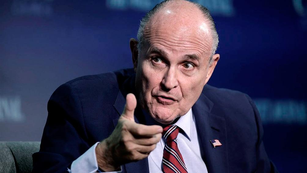 """""""Nos vamos a convertir en Venezuela. No podemos permitir que esto nos suceda"""", dijo Giuliani"""