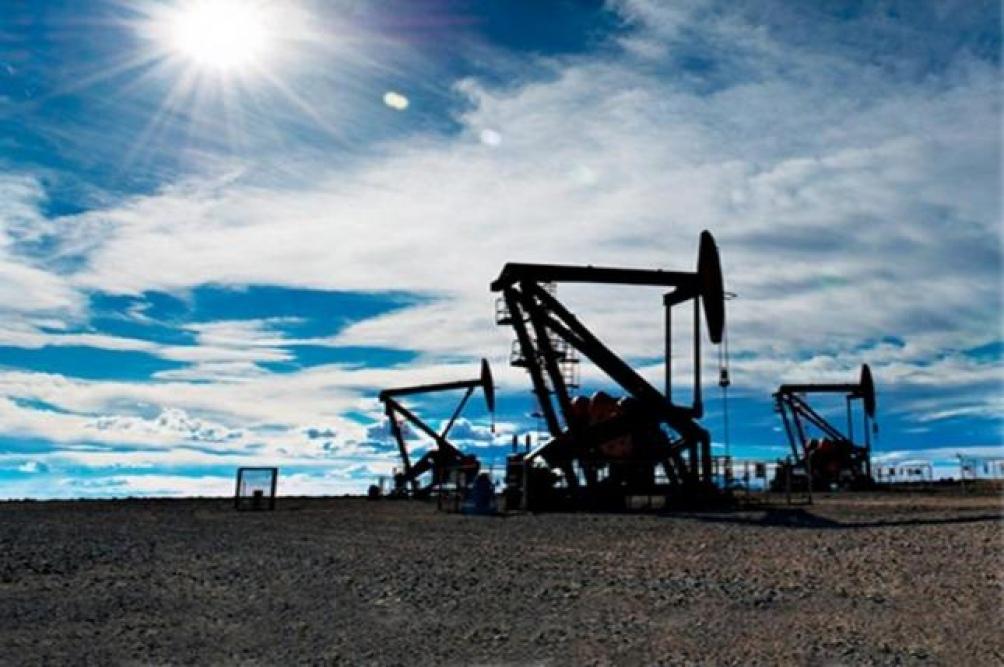 El precio del petróleo subió cerca del 3%