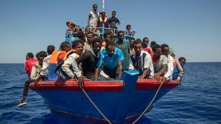 El gobierno acusó a Médicos sin Fronteras de traficar residuos en el Mediterráneo