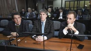 Tras la feria, Boudou y De Vido vuelven esta semana al banquillo de los acusados