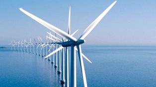 La generación de energía eólica crece también con molinos en alta mar