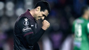 Lanús derrotó a The Strongest de Bolivia y clasificó a cuartos de la Libertadores