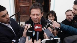El senador Eduardo Costa recibió el alta de su internación por coronavirus
