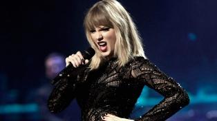 Taylor Swift vendió más de 400 mil copias de su nuevo disco