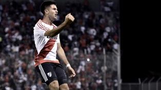 Gallardo ensayó con Gonzalo Martínez de titular