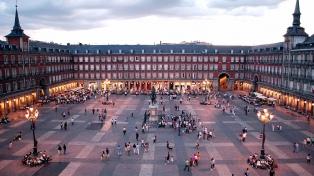 Los socialistas se acercan a Ciudadanos y no dan por perdida Madrid