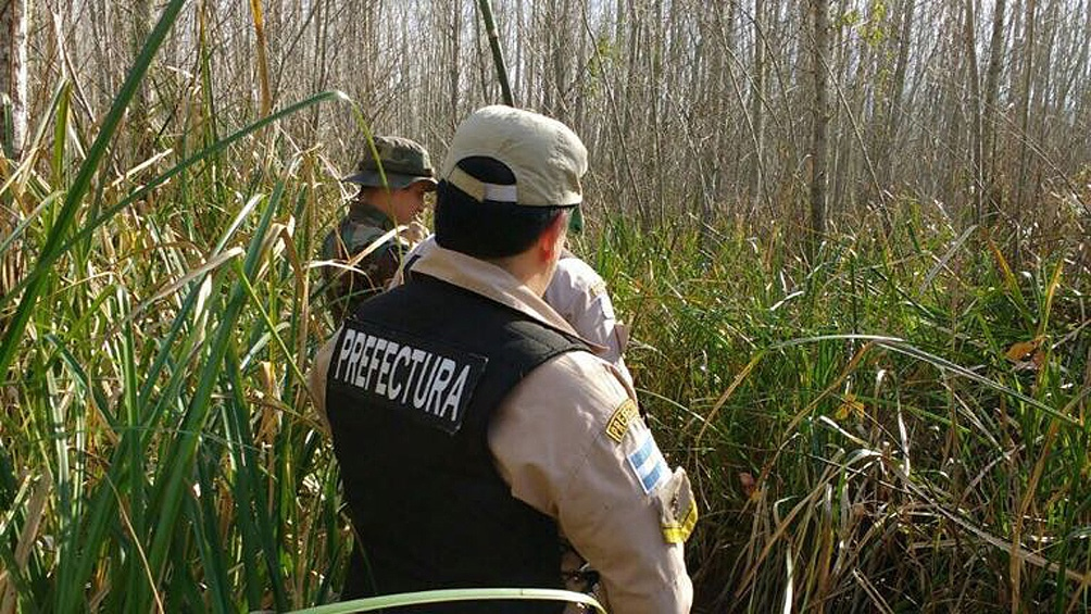 """""""Un total de 14 grupos de rescate entre policías, bomberos, rescatistas y amigos de la montaña"""" buscaban a Fabiana Melisa Cari Segovia."""