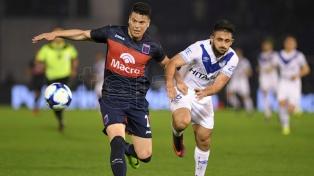 Vélez derrotó a Tigre en el inicio de la Superliga