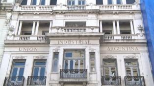 Dujovne, Triaca y Cabrera darán a la UIA los detalles sobre las reformas