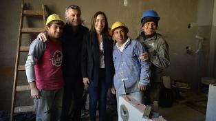 Macri inauguró un centro comunitario  en Florencio Varela y evocó al padre Mugica