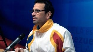 Capriles llamó a la oposición a salir y votar