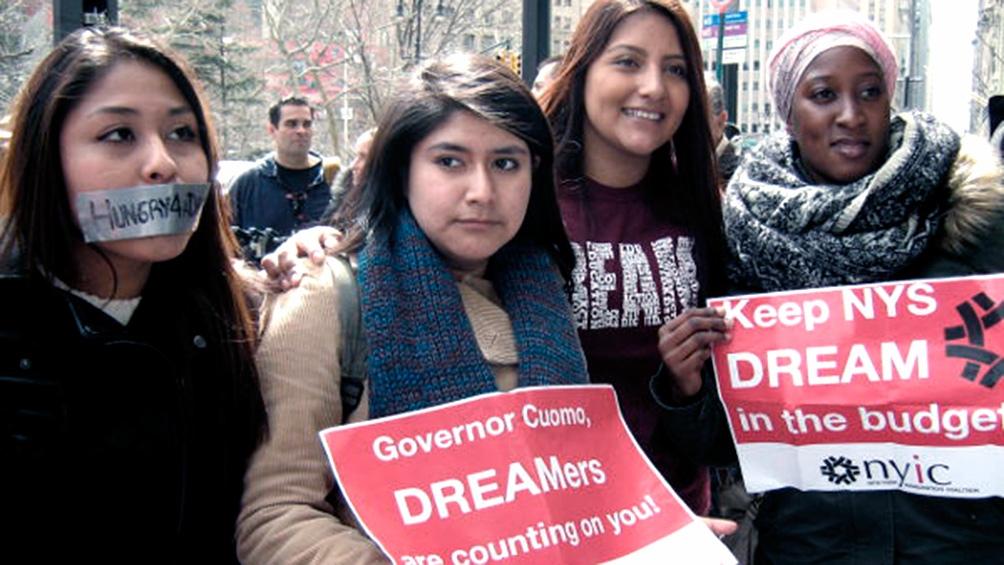 """La Casa Blanca indicó que la ley para proteger a los """"dreamers"""" es """"un hito decisivo"""