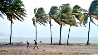 """La tormenta tropical """"Laura"""" causó nueve muertes en República Dominicana y Haití"""