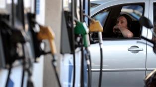 Aumentan los combustibles en todo el país