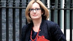 Renunció la ministra de Trabajo, en defensa de los legisladores conservadores echados
