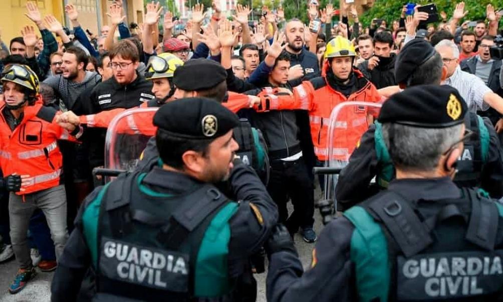 En  2017 un referéndum ilegal de autodeterminación fue reprimido por la policía.