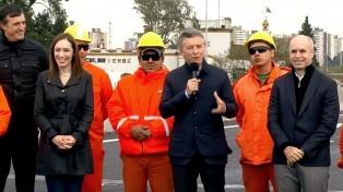 Macri inauguró el tramo hacia Capital del nuevo viaducto del Puente La Noria