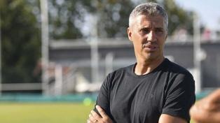 """Crespo asumió en Banfield: """"Le agradezco al club por confiar en mí"""""""
