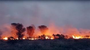 San Luis: un foco activo y la presencia de vientos fuertes mantienen el alerta en la provincia