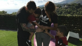 La esposa de Messi anunció que serán padres por tercera vez