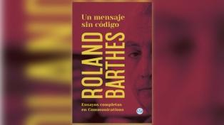 """""""Un mensaje sin código. Ensayos en communications"""", de Roland Barthes"""