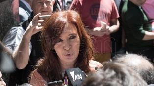 Cristina Kirchner se reunió con su bloque para analizar el Presupuesto