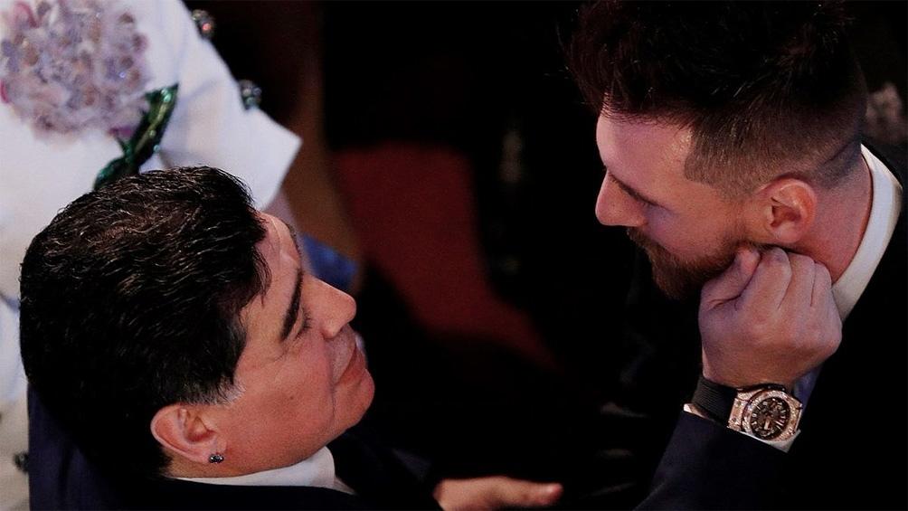 La síntesis del fútbol: Maradona y Messi (foto archivo).