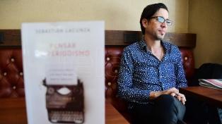Un recorrido por libros recientes que piensan el periodismo y trazan una memoria del oficio