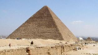 Se descubrió una nueva cámara de gran tamaño en la Pirámide de Keops