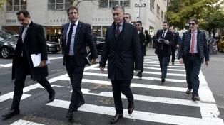Macri regresa al país tras reunirse con inversores en Nueva York