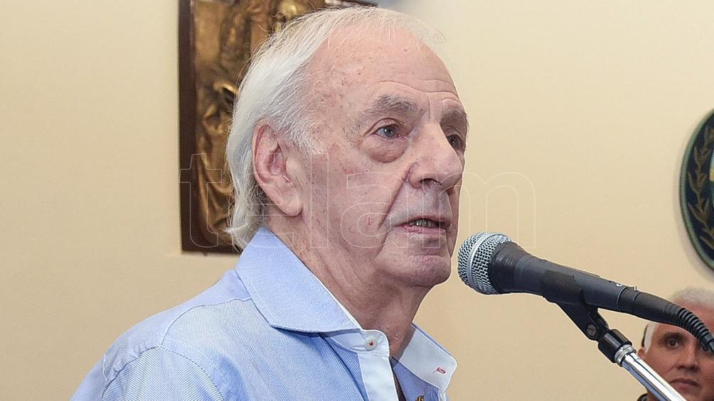Menotti fue vacunado contra el coronavirus en el Luna Park