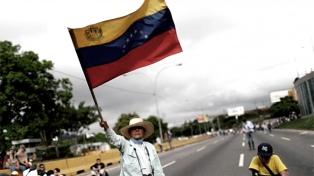 El chavismo dijo que no habrá acuerdo con la MUD si continúan las sanciones