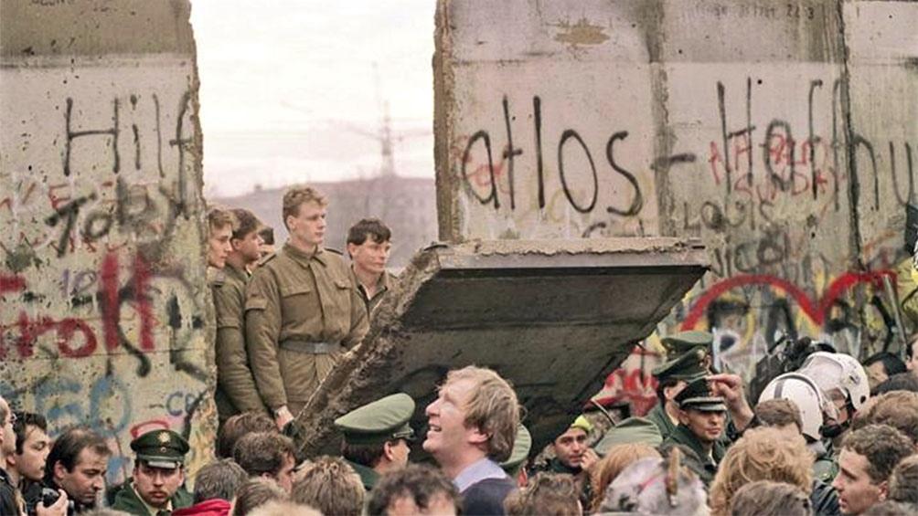 El momento histórico de la caída del Muro, que se produjo el 9 de noviembre de 1989.
