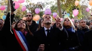Críticas de familiares de las víctimas, en el aniversario de los ataques de París