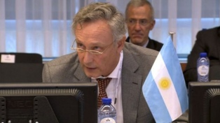 Macri designó a diplomáticos de carrera como embajadores en Francia y la India