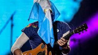 Con un tributo a Soda Stereo y un tango inédito, Coldplay cerró su gira mundial