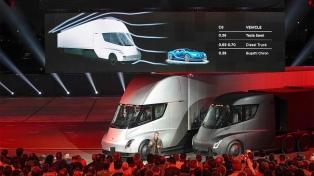 Tesla presentó a Semi, su primer camión eléctrico