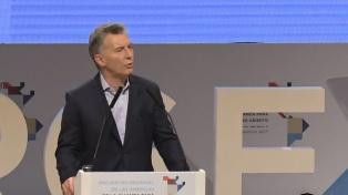 """Macri: """"Seguimos haciendo todo lo posible para encontrar el submarino"""""""