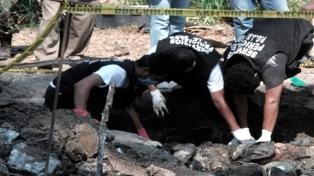 Intentarán identificar 3.000 restos óseos de un cementerio clandestino